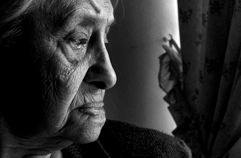 gent gran tercera edat avis depressió