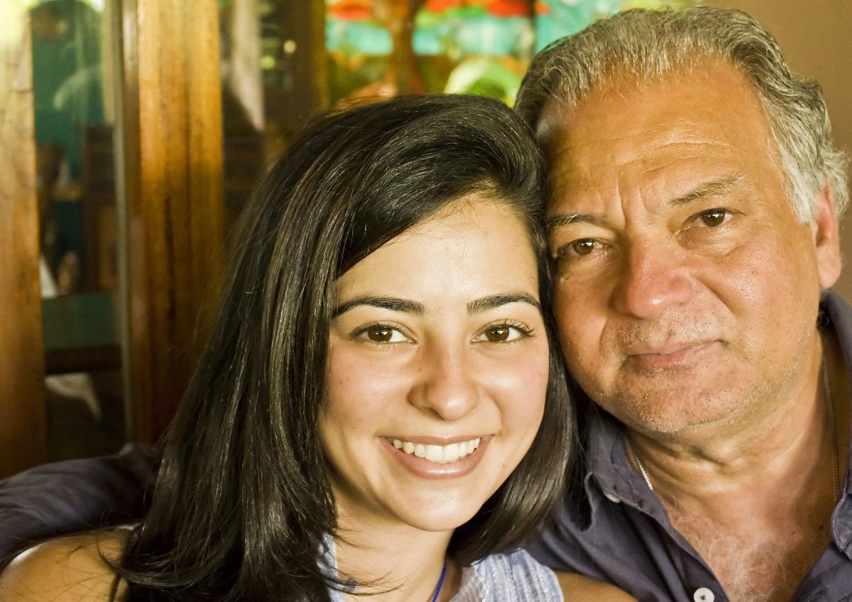 com tractar un familiar amb alzheimer
