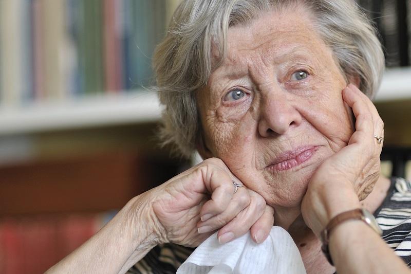 prevenir i reduir l'apatia i la desídia en la gent gran