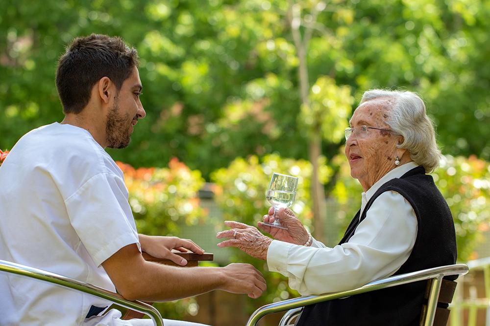 L'ingrés és un moment clau per l'inici de la vida en una residencia de gent gran